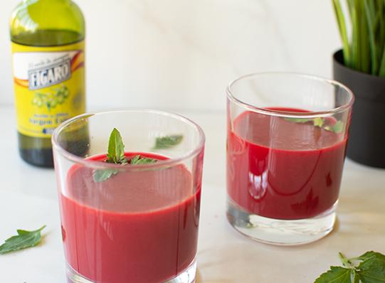 Receta de gazpacho de remolacha con aceite de oliva Fígaro