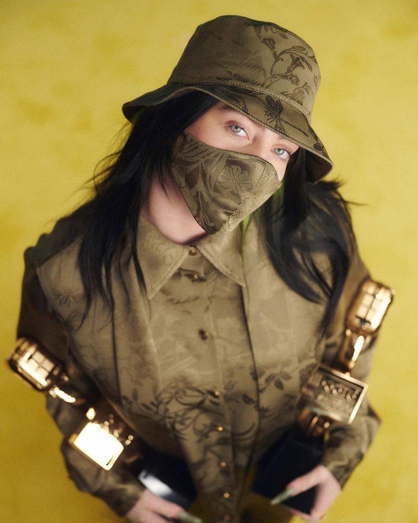 Billie Elish en los Billboard Music Awards 2020