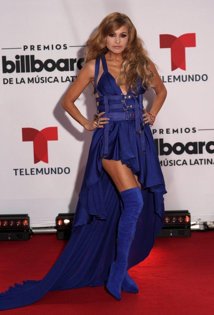 Paulina Rubio en la alfombra de los latin billboard 2020