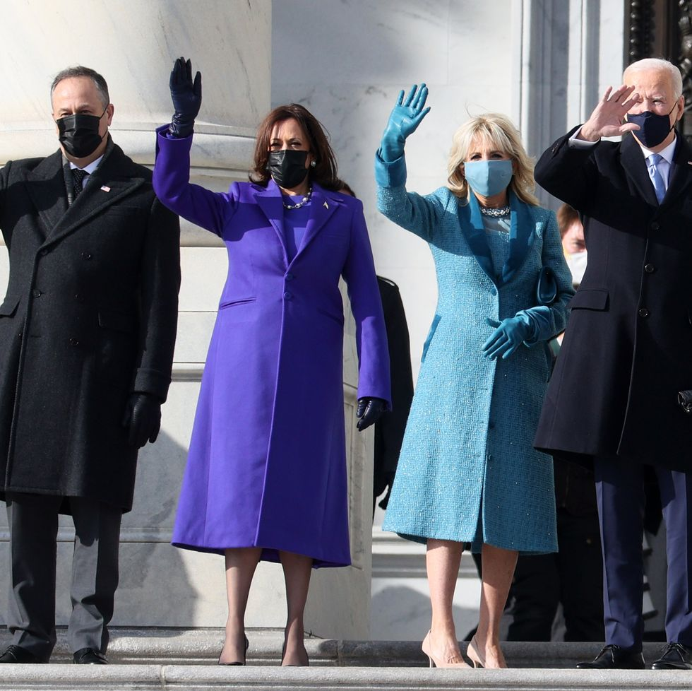 Kamala Harris y Jill Biden en la investidura presidencial de Estados Unidos