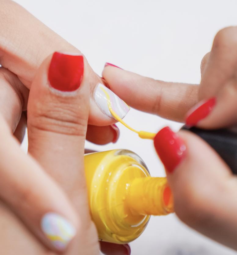 día de esmaltes de uñas